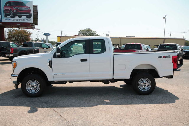 2017 F-250 Super Cab 4x4 Pickup #7255147 - photo 8