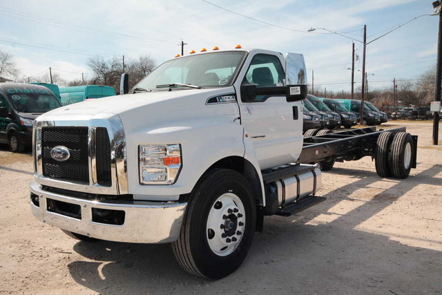 2017 F-650 Regular Cab DRW 4x2,  Cab Chassis #7802831F - photo 1