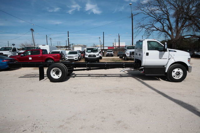 2017 F-650 Regular Cab DRW 4x2,  Cab Chassis #7802831F - photo 5