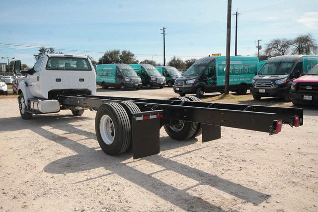 2017 F-650 Regular Cab DRW 4x2,  Cab Chassis #7802831F - photo 2