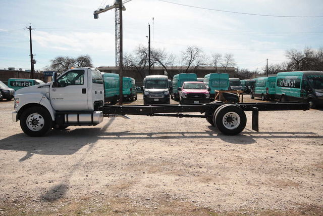 2017 F-650 Regular Cab DRW 4x2,  Cab Chassis #7802831F - photo 8