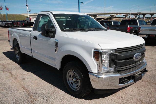 2018 F-250 Regular Cab, Pickup #8255291F - photo 4