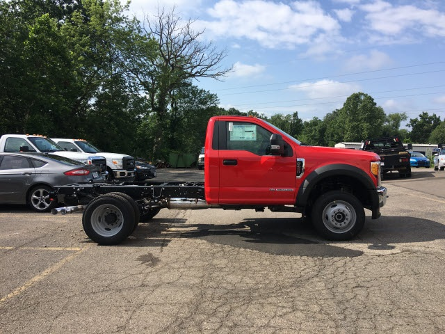 2017 F-450 Regular Cab DRW 4x4, Cab Chassis #5088 - photo 4