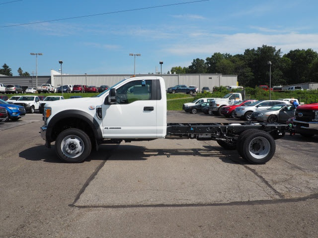 2017 F-450 Regular Cab DRW 4x4, Cab Chassis #5172 - photo 3