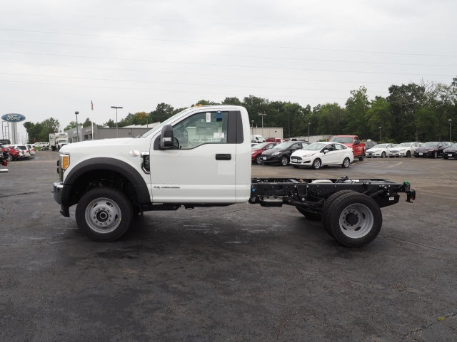 2017 F-550 Regular Cab DRW 4x4, Cab Chassis #5190 - photo 3