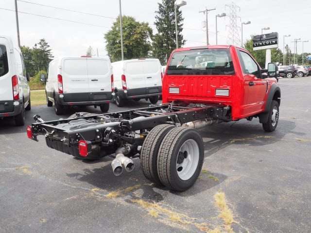 2017 F-550 Regular Cab DRW 4x4, Cab Chassis #5206 - photo 2