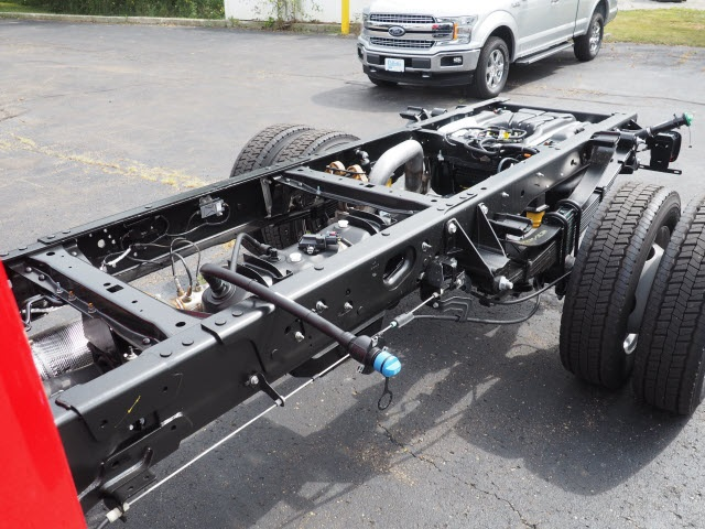2017 F-550 Regular Cab DRW 4x4, Cab Chassis #5206 - photo 5