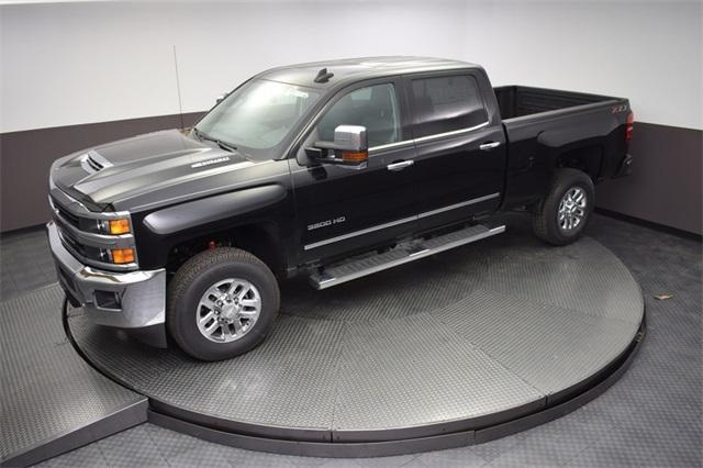 2018 Silverado 3500 Crew Cab 4x4,  Pickup #180882T - photo 14