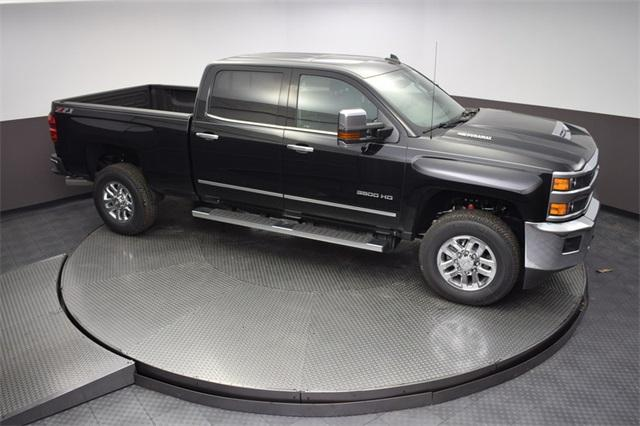 2018 Silverado 3500 Crew Cab 4x4,  Pickup #180882T - photo 17