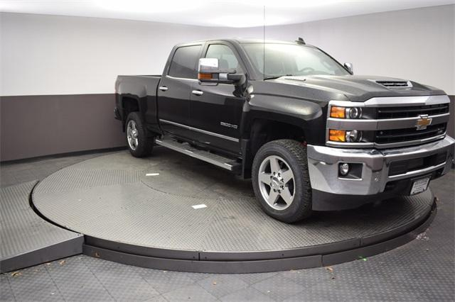 2018 Silverado 2500 Crew Cab 4x4,  Pickup #180920 - photo 3