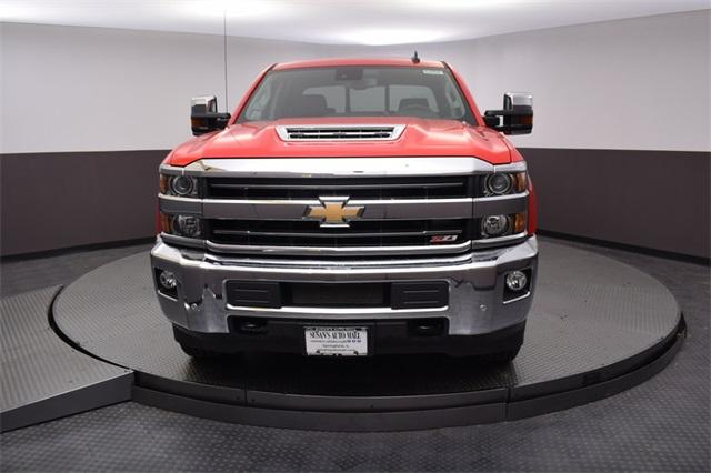 2018 Silverado 2500 Crew Cab 4x4,  Pickup #180967 - photo 8