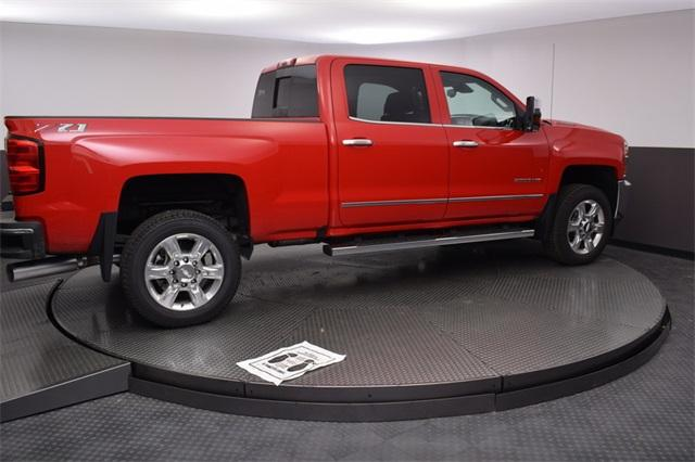 2018 Silverado 2500 Crew Cab 4x4,  Pickup #180967 - photo 9