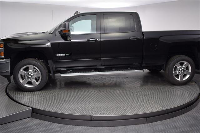 2018 Silverado 2500 Crew Cab 4x4,  Pickup #180991 - photo 3