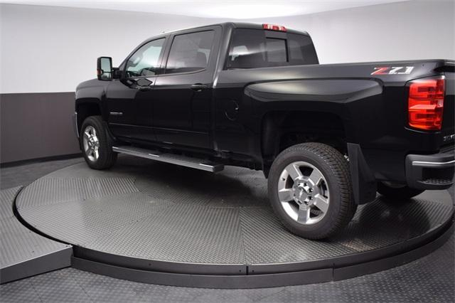 2018 Silverado 2500 Crew Cab 4x4,  Pickup #180991 - photo 4