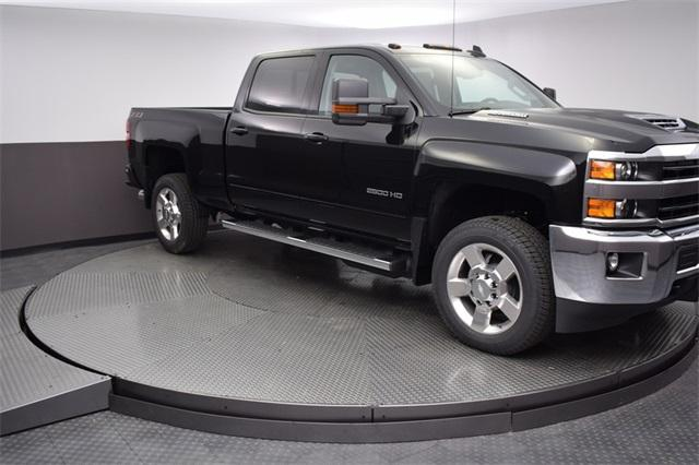 2018 Silverado 2500 Crew Cab 4x4,  Pickup #180991 - photo 8