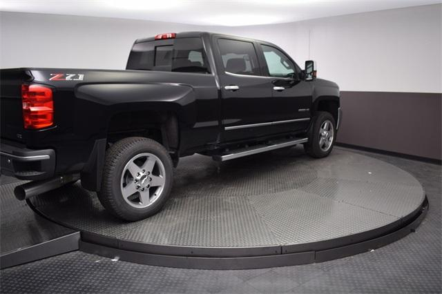2019 Silverado 2500 Crew Cab 4x4,  Pickup #190019 - photo 4