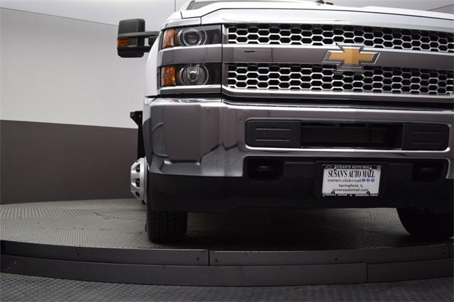 2019 Silverado 3500 Regular Cab DRW 4x4,  Knapheide Platform Body #190057 - photo 18