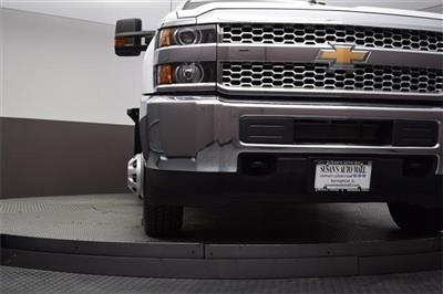 2019 Silverado 3500 Regular Cab DRW 4x4,  Knapheide PGNB Gooseneck Platform Body #190057 - photo 18