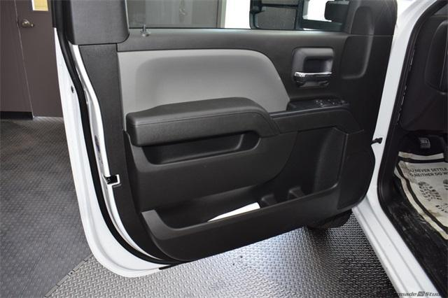 2019 Silverado 3500 Regular Cab DRW 4x4,  Knapheide Platform Body #190067 - photo 10