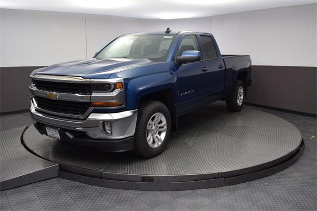 2019 Silverado 1500 Double Cab 4x4,  Pickup #190077 - photo 9