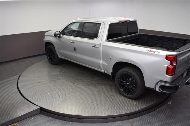 2019 Silverado 1500 Crew Cab 4x4,  Pickup #190170 - photo 16