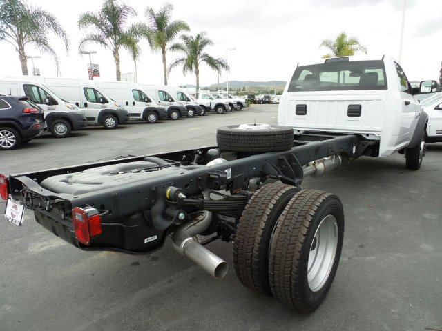 2016 Ram 5500 Regular Cab DRW 4x4, Cab Chassis #J282077 - photo 4