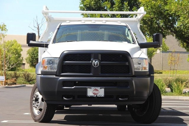 2017 Ram 5500 Regular Cab DRW 4x2,  Knapheide Contractor Body #J284677 - photo 5