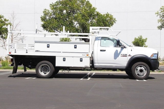 2017 Ram 5500 Regular Cab DRW 4x2,  Knapheide Contractor Bodies Contractor Body #J284677 - photo 6