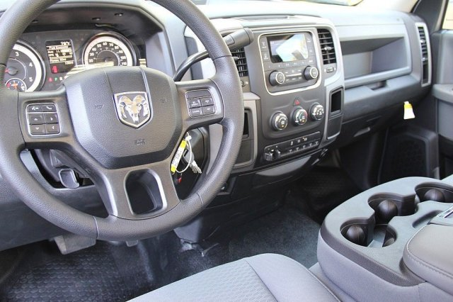 2017 Ram 5500 Regular Cab DRW 4x2,  Knapheide Contractor Body #J284677 - photo 10