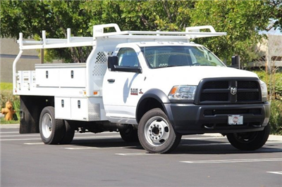 2017 Ram 5500 Regular Cab DRW 4x2,  Knapheide Contractor Bodies Contractor Body #J284677 - photo 3