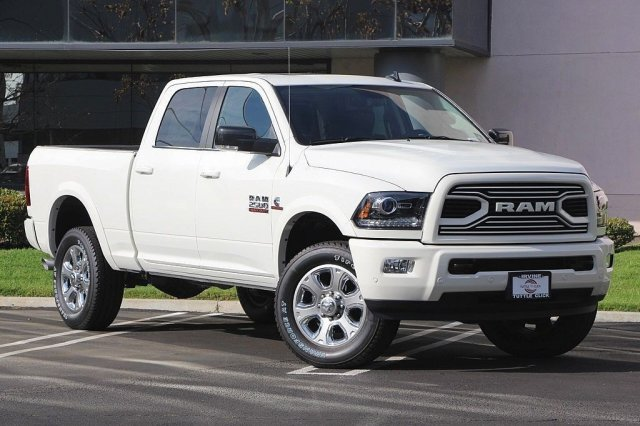 2018 Ram 2500 Crew Cab 4x4, Pickup #J287844 - photo 3