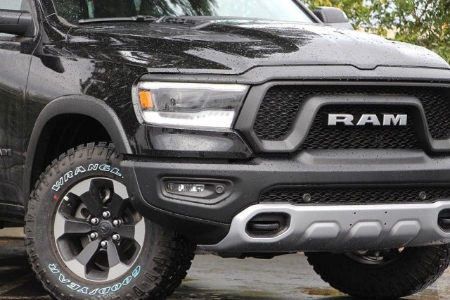 2019 Ram 1500 Crew Cab 4x4,  Pickup #J291027 - photo 4