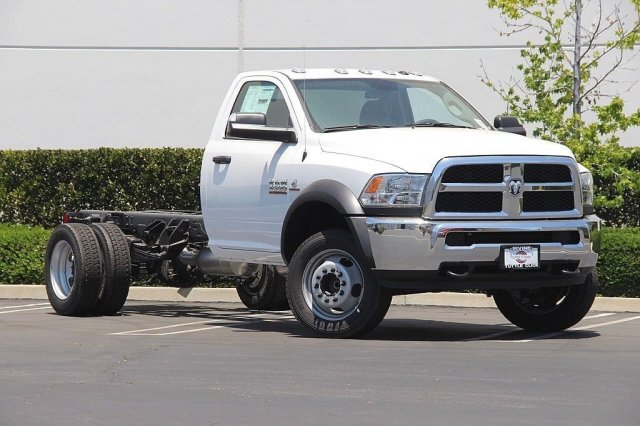 2018 Ram 4500 Regular Cab DRW 4x2,  Cab Chassis #JC289438 - photo 3