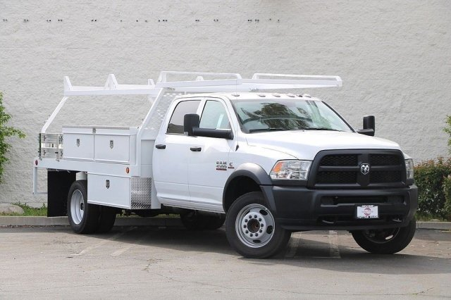 2018 Ram 4500 Crew Cab DRW 4x2,  Cab Chassis #JC289622 - photo 3