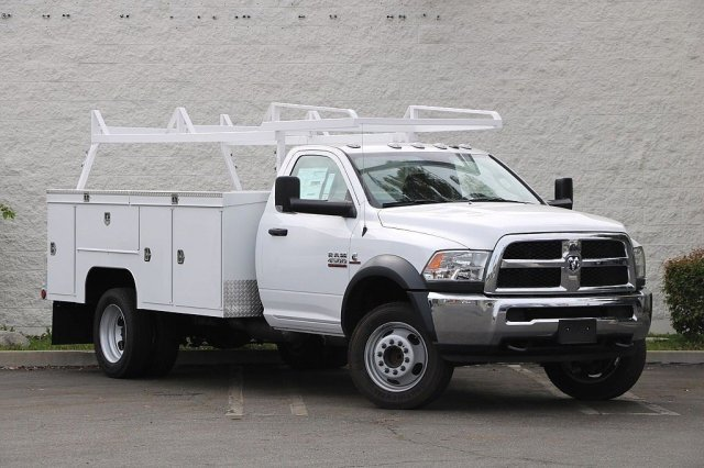 2018 Ram 4500 Regular Cab DRW 4x2,  Cab Chassis #JC289838 - photo 3