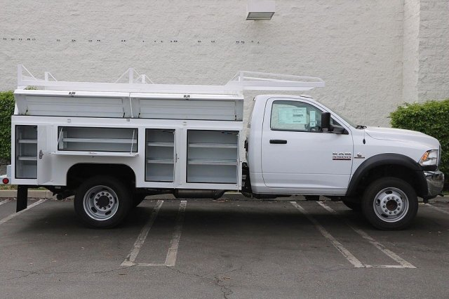2018 Ram 4500 Regular Cab DRW 4x2,  Cab Chassis #JC289838 - photo 2