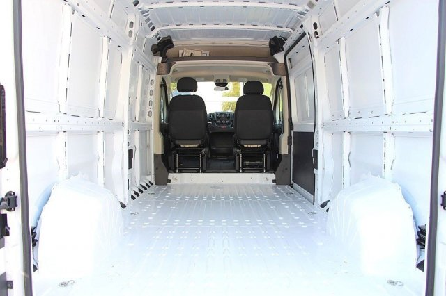 2018 ProMaster 2500 High Roof FWD,  Empty Cargo Van #JC290991 - photo 2