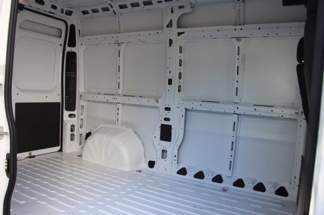 2018 ProMaster 2500 High Roof FWD,  Empty Cargo Van #JC291008 - photo 2