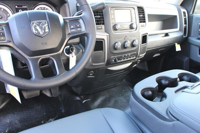 2018 Ram 5500 Regular Cab DRW 4x2,  Cab Chassis #JC291537 - photo 10