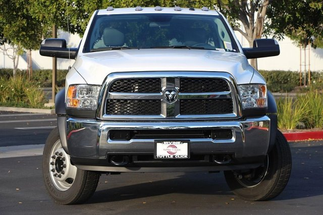 2018 Ram 5500 Regular Cab DRW 4x2,  Cab Chassis #JC291537 - photo 5