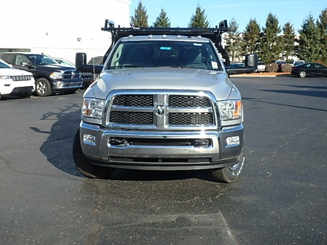 2017 Ram 3500 Crew Cab DRW 4x4, Contractor Body #17U1043 - photo 6