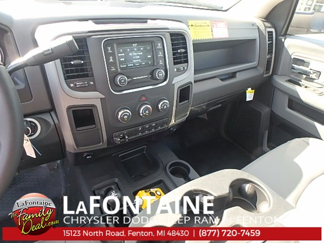 2017 Ram 5500 Regular Cab DRW 4x4 Dump Body #17U1477 - photo 17