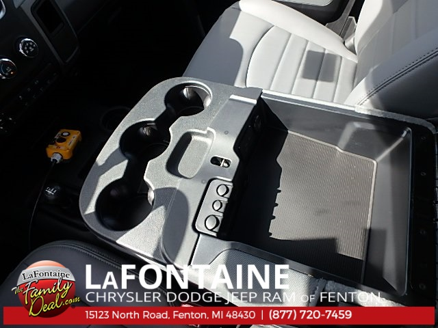 2017 Ram 5500 Regular Cab DRW 4x4 Dump Body #17U1477 - photo 28