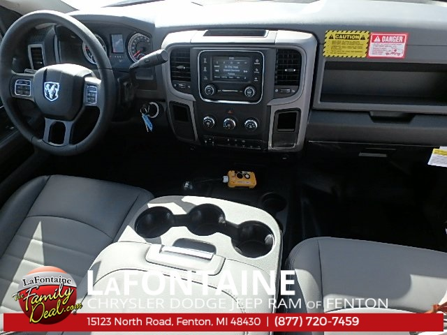 2017 Ram 5500 Regular Cab DRW 4x4 Dump Body #17U1477 - photo 33