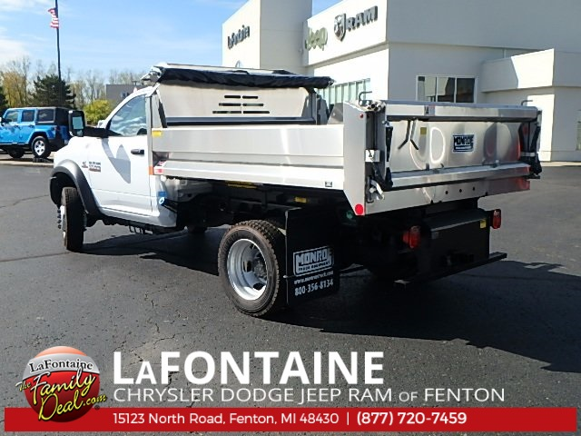 2017 Ram 5500 Regular Cab DRW 4x4 Dump Body #17U1477 - photo 2
