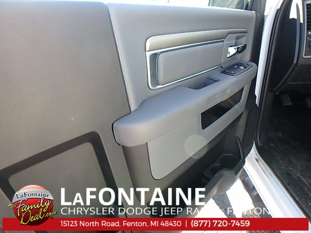 2017 Ram 4500 Regular Cab DRW 4x4, Service Body #17U1519 - photo 10