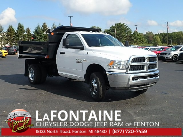 2017 Ram 3500 Regular Cab DRW 4x4, Dump Body #17U1623 - photo 6
