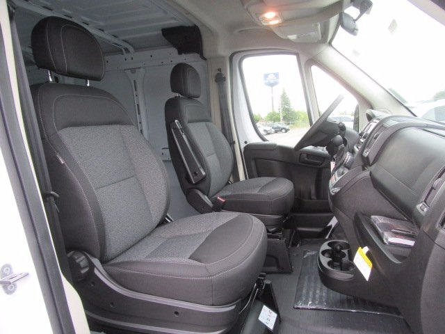 2017 ProMaster 1500 Low Roof, Cargo Van #17U1726 - photo 24