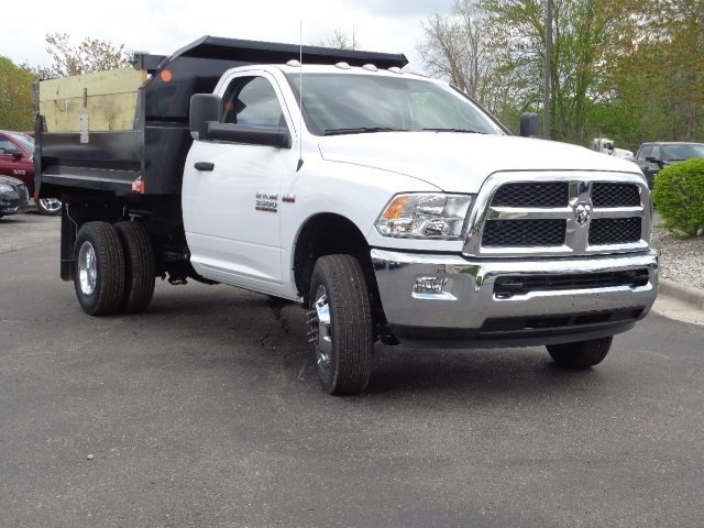 2018 Ram 3500 Regular Cab DRW 4x4,  Monroe Dump Body #18U1154 - photo 3