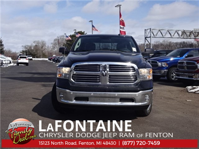 2018 Ram 1500 Crew Cab 4x4, Pickup #18U1200 - photo 3